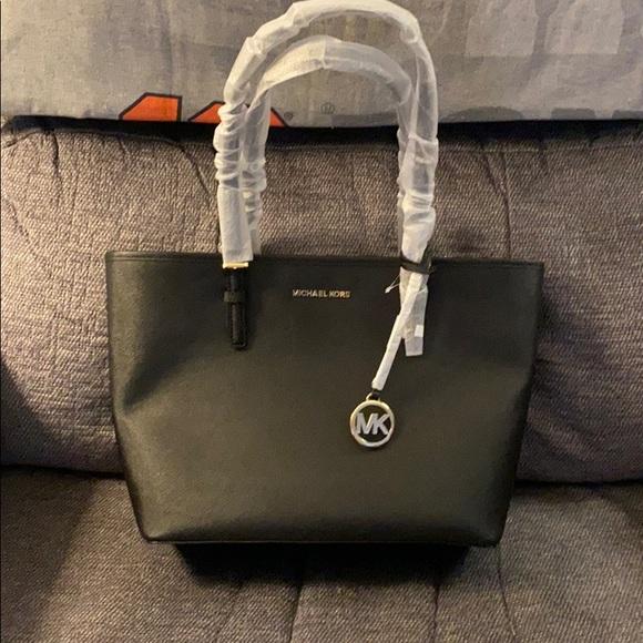 Michael Kors Handbags - Michael Kors black bag